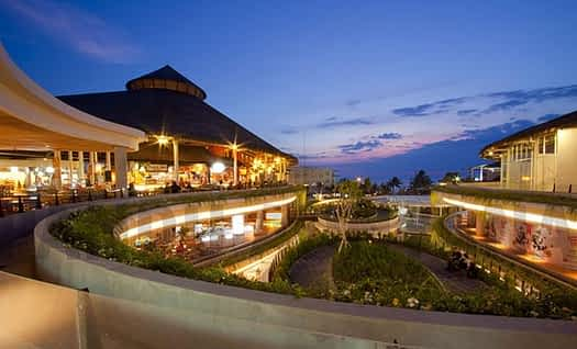 Beachwalk Kuta Beach 7